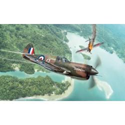 Maquette 1/48 du P-40 E/K Kittyhawk de la marque Italeri